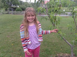 edith and peach tree